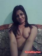 Pakistani Girlfriend Nusrat Jahan Nude