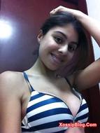 Indian Bikini Girl Boobs Show