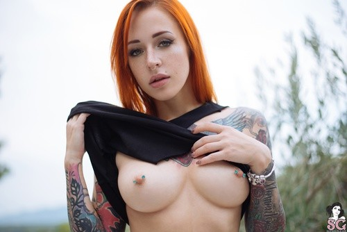 Suicidegirls.com – Janesinner All The Way Up [August 7, 2017]