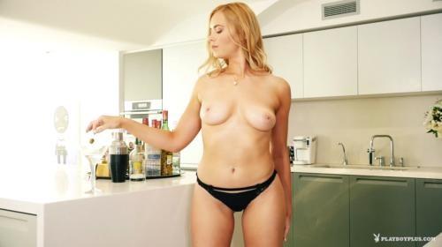 [PlayboyPlus] Bailey Rayne Slightly Dirty (2017/383.97 MB/1080p)