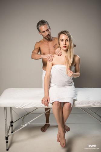 Joymii.com – Alecia and Lutro Deep Going Massage [November 23, 2017]