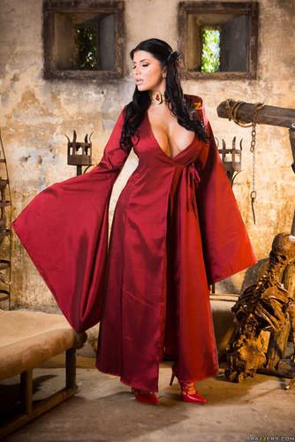 ZZSeries.com – Romi Rain Queen Of Thrones Part 2 A XXX Parody [August 6, 2017]