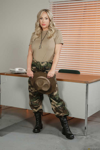 MILFsLikeItBig.com – Olivia Austin The MILF In The Military [May 24, 2017]