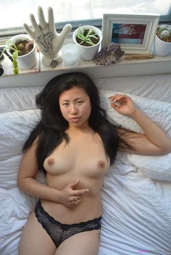 Japanese Girl Sakura Get Creampied p2.