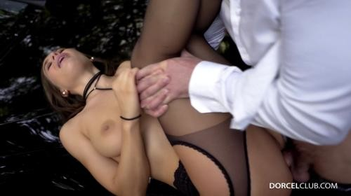 [DorcelClub] Lana Rhoades Lana The Submissive Gives It All (2018/317.55 MB/1080p)