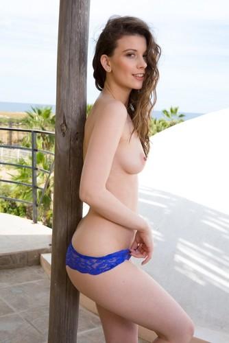 PlayboyPlus.com – Muirina Fae Pure And Simple [February 9, 2018]
