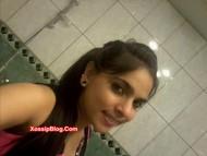 Pakistani college girlfriend big boobs shows