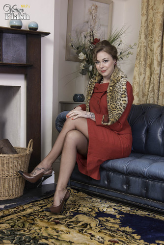 VintageFlash.com – Lucy Lauren The Dirty Young Madam [February 20, 2018]