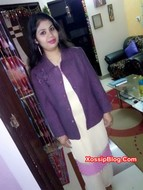Desi girlfriend selfie nude in saree