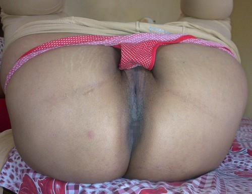 nude Aunty pussy panty