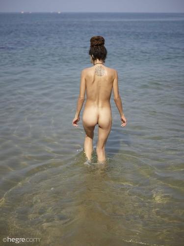 Hegre.com – Serena L Indian Nude Beach [April 23, 2018]
