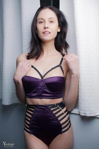Yonitale.com – Sade Mare Lady Vamp Part 1 [February 18, 2018]