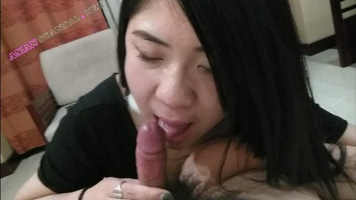 Asian Lady sex and blow job in KTV room