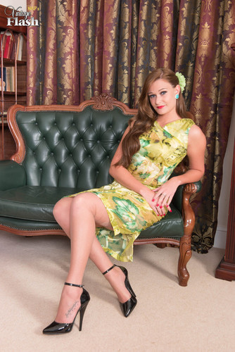 VintageFlash.com – Honour May Draws Off In The Drawing Room [May 18, 2018]