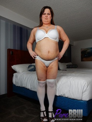 Pure-BBW.com – Becca Sheridan Amateur BBW TS Is Hungry For Your Cock [February 8, 2018]