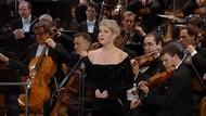Berliner Philharmoniker - New Year's Eve Concert: Silvesterkonzert 2017 (2018) [Blu-ray]