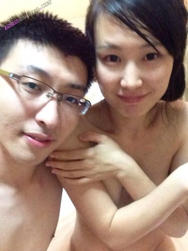 College students couple leaked sextape from Baidu