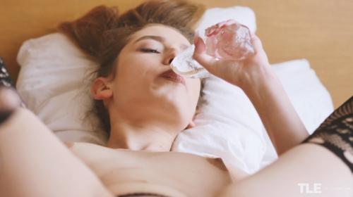 [TheLifeErotic] Elison G Morning Routine 2 (2018/1.99 GB/2160p)