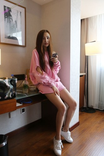 Gao Yan Nude Art model At Wang Li Ying Hotel