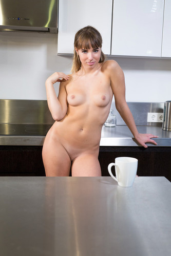 EroticBeauty.com – Inga F Presenting Inga F [July 16, 2018]