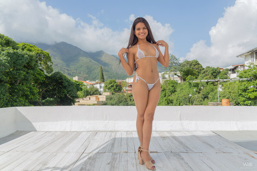 Watch4Beauty.com – Amber Serrano New Talent Amber Serrano [August 22, 2018]