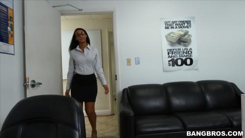 BangBrosClips.com – Arianna Knight How To Sexually Harass Your Secretary Properly [February 10, 2016]