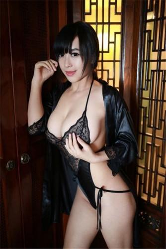 Teen model Huang Ke 17 Years Old Frist Sex Video