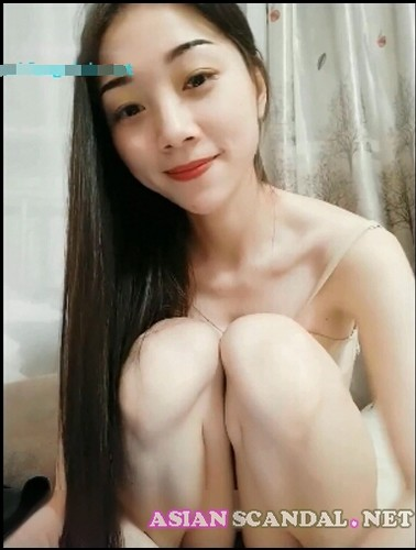 Super beautiful chinese girl shows her perfect body
