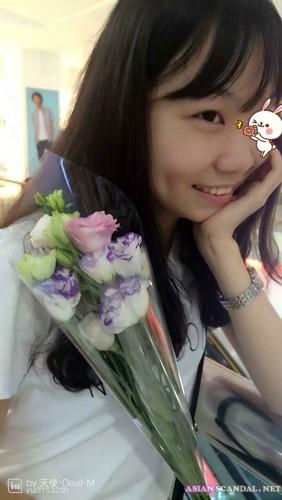 A little girl Wolong Xiaocheng Sex Videos (1V+98P)