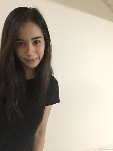 Singaporean Couple Haziqah Abu Bakar SexTape Videos