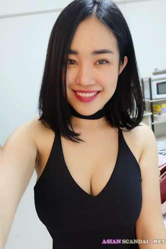 Thai Amateur Homemade Photos + Videos 4
