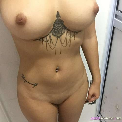 Singapore Tattooed Babe Valerie Toh Jao Jin