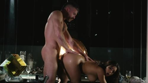 [EroticaX] Autumn Falls The Little Things (2019/3.57 GB/2160p)
