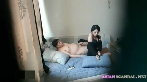 Fat loser fuck a chinese hooker during 50 min