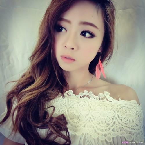 Facebook Taiwanese – Jian Shuhan (Xiaohan)
