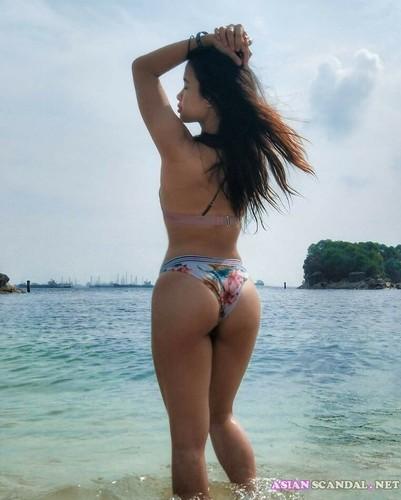 Buttocks girlfriend Meixin so beautiful