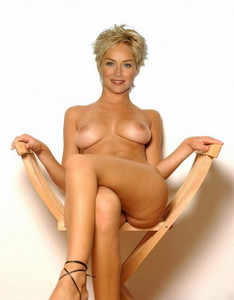 Sharon Stone naked on Basic Instinct cover UHQ