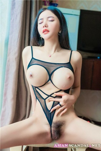 Beautiful Nude Asian Women