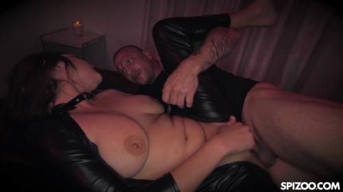 [Spizoo] Mandy Meadows Cute Brunette Sex Slave (2019/2.49 GB/1080p)
